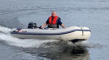 HonWave T40-AE3 Schlauchboot mit Yamaha F25GWHS